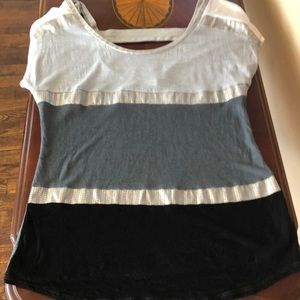Daytrip Tops - Cool color block shirt